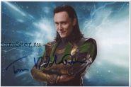 Автограф: Том Хиддлстон. Мстители