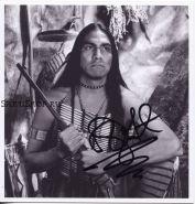 Автограф: Родни А. Грант. Танцующий с волками